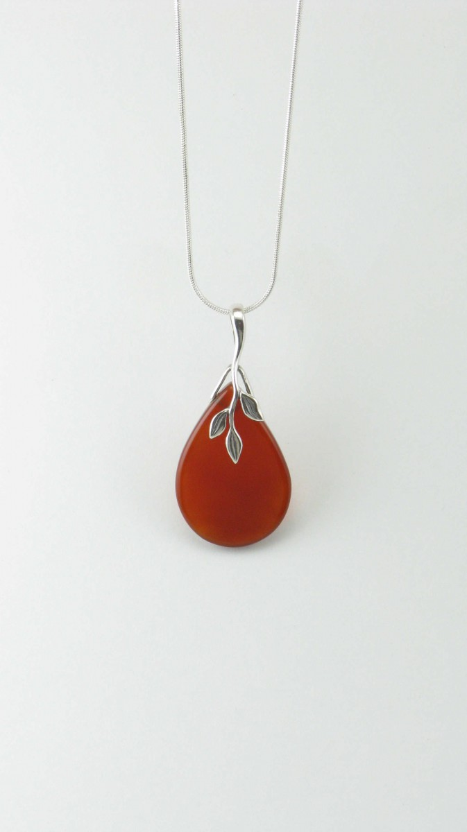 Nectar_Yoga_Jewelry_Necklace_Carnelian_Pendant_Silver_Red