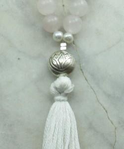 Lotus_Mala_Beads_108_Rose_Quartz_Mala_Beads_Buddhist_Prayer_Beads_Guru