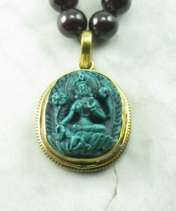 Green_Tara_Garnet_Emerald_Mala_Beads_Buddhist_Prayer_Beads_Guru