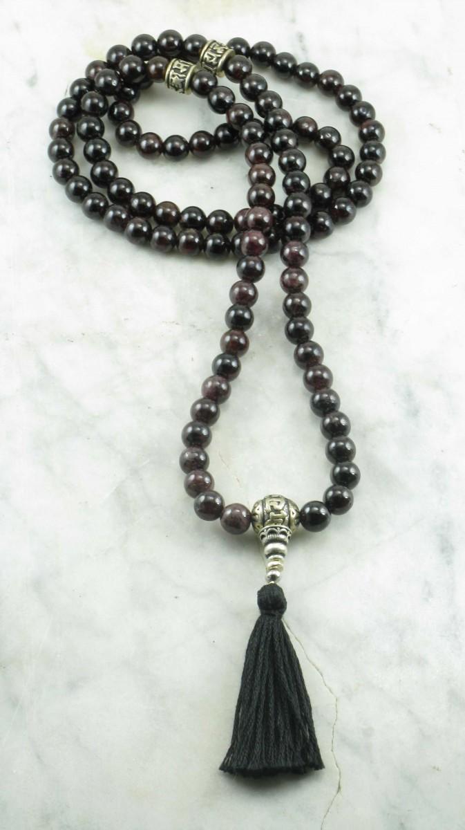 Sutra_Mala_Beads_108_Garnet_Mala_Beads