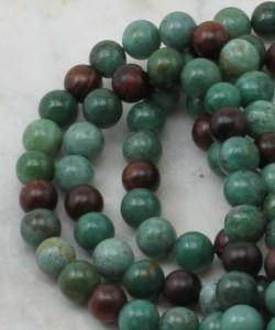 Anahata_Mala_Beads_Rosewood_Jade_for_Heart_Chakra_Buddhist_Prayer_Beads_Marker