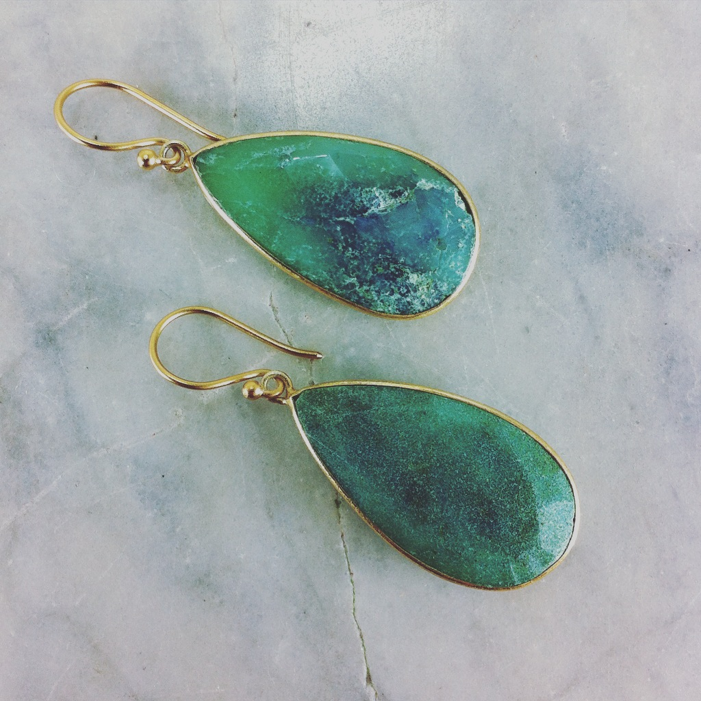 Yoga earrings made from chrysoprase and gold vermeil 24K