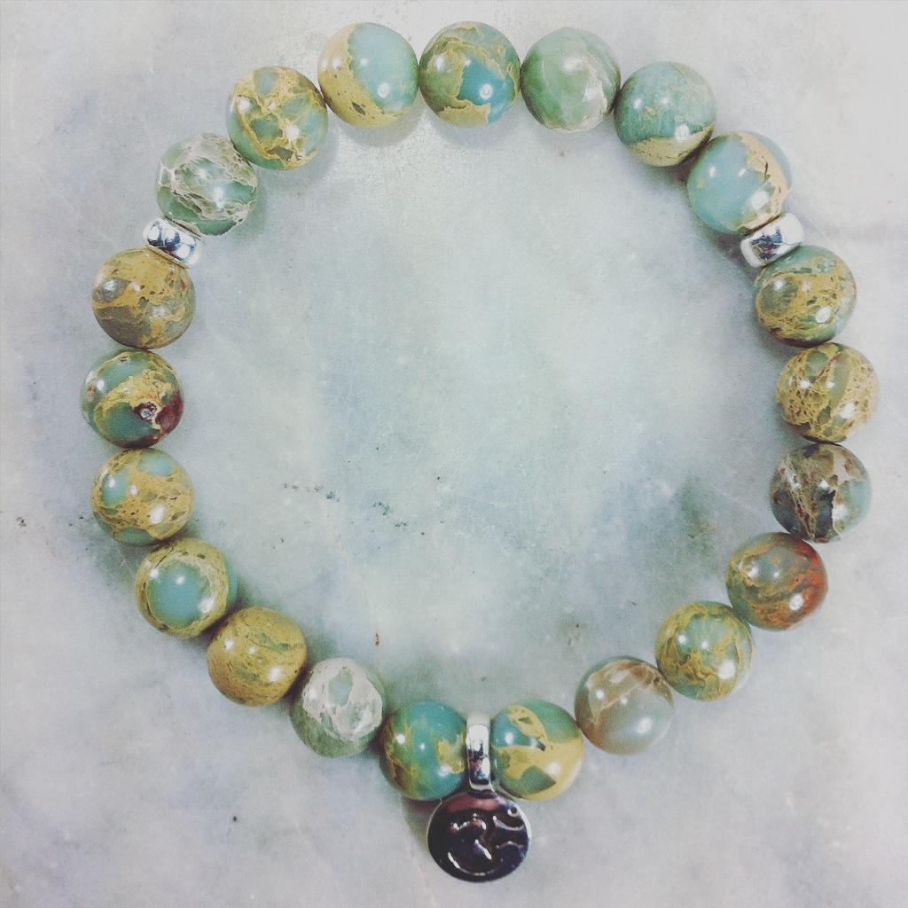 21 serpentine mala beads.  This Buddhist Bracelet is best for spiritual awakening, kundalini energy, and personal evolution.